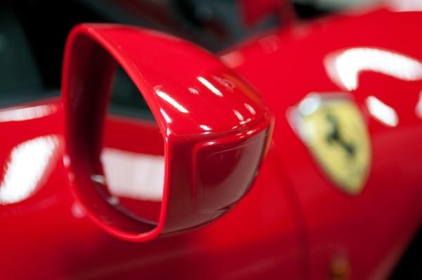 Visite virtuelle interactive à 360° de la Ferrari 458 Italia