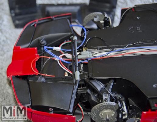 Montage Ferrari Enzo 1:10 Altaya - étape 9f