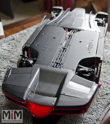 Montage Ferrari Enzo 1:10 Altaya - étape 9j