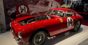 Retromobile 2013 le salon de la voiture ancienne