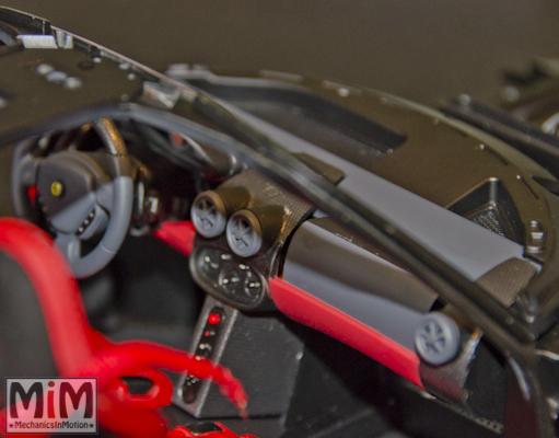Montage Ferrari Enzo 1:10 Altaya - étape 5b