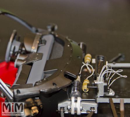 Montage Ferrari Enzo 1:10 Altaya - étape 5c