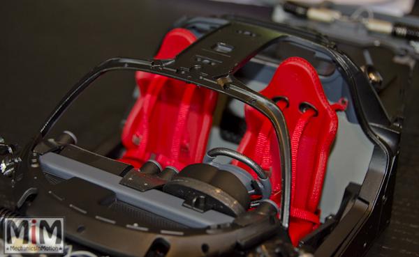 Montage Ferrari Enzo 1:10 Altaya - étape 5f