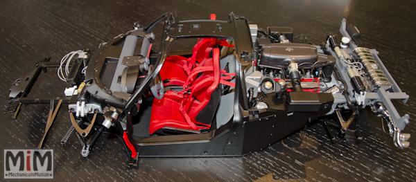 Montage Ferrari Enzo 1:10 Altaya - étape 6d