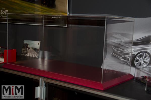 Altaya Ferrari Enzo 1:10 - vitrine