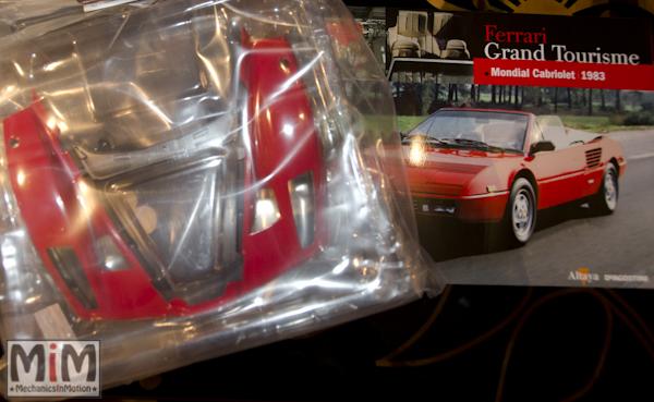 50-Altaya Ferrari Enzo 1:10 - Ferrari Mondial Cabriolet de 1983