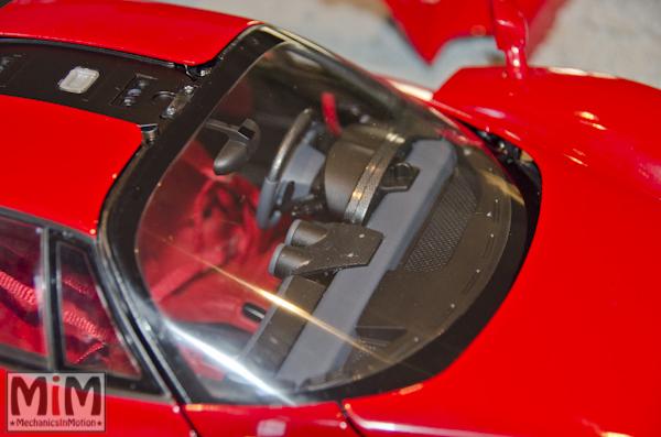 Montage Ferrari Enzo 1:10 Altaya - étape 10