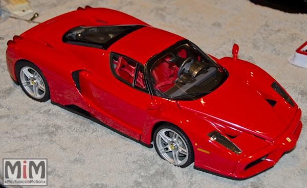 Montage Ferrari Enzo 1:10 Altaya - étape 10d