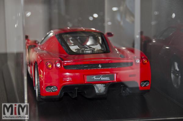 Montage Ferrari Enzo 1:10 Altaya - final4