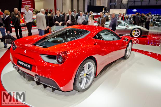 Ferrari 488 GTB Rosso Salon de Genève 2015-3