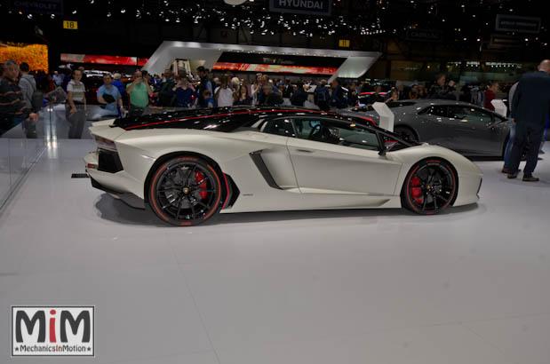 Lamborghini Aventador Pirelli Edition | Salon de Genève 2015_2