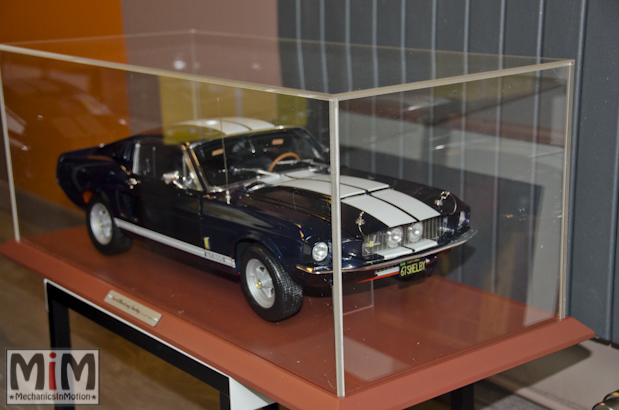 ford-mustang-shelby-gt-500-au-18-le-montage-etape-10i
