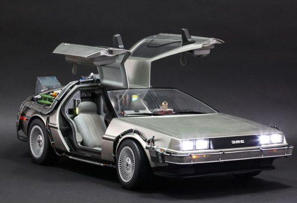 DeLorean de Retour vers le Futur au 1/8è par Eaglemoss – le montage (terminé)